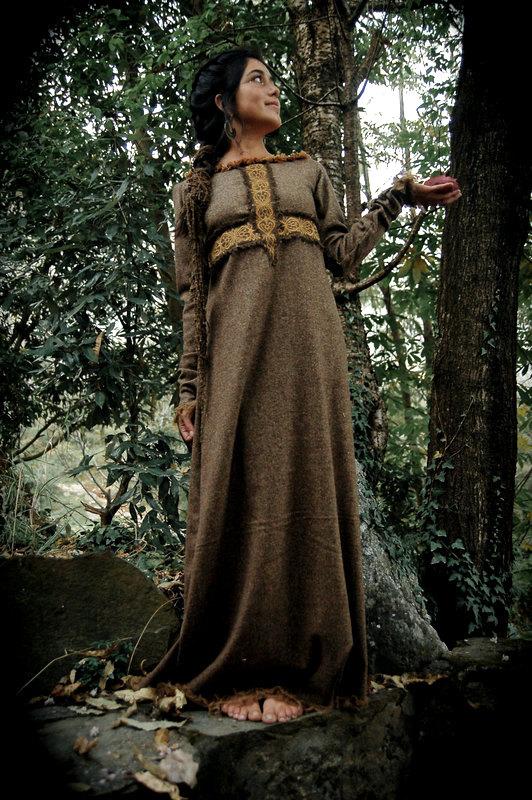 ドレス 中世