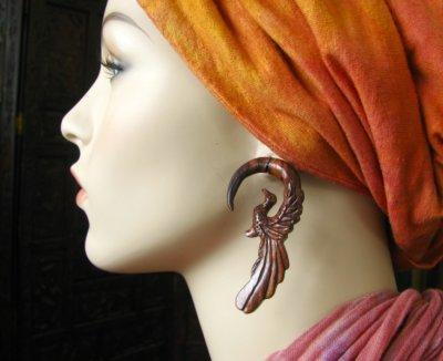 画像1: 全長約6.6cm!!不死鳥デザイン♪トライバル木彫りピアス*天然素材*安心のサージカルステンレス使用