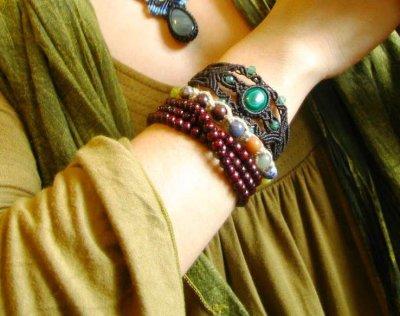 画像3: 邪気払いの石マラカイトと癒しの石アベンチュリンのナチュラルヒッピー編みブレスレット♪