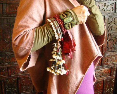 画像2: バンジャラ族ビンテージ子安貝(コウリー)ブレスレット*トライバル*エスニック*衣装