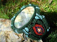 画像4: 石全長4.8cm!!虹色の閃光が神秘的なおおぶりラブラドライトのマクラメ編みブレスレット*ヒッピー*旅人 (4)