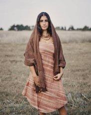 画像1: オーガニック&フェアトレード*手紡ぎ・手織りカディコットンハンドメイドワンピース*無農薬*スローファッション*エコロジー*エシカルファッション (1)