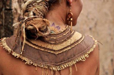 画像1: 地球に優しい手織り・手染めカディコットンのトライバルクイーントップ*フェアトレード/ナチュラル/エスニック/ネイティブ