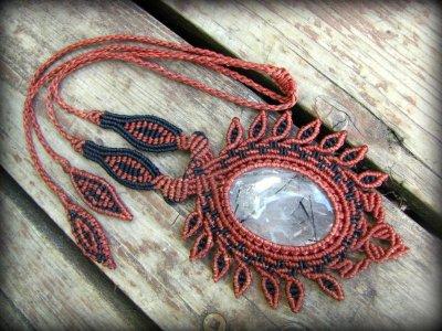 画像2: ネガティブな波動を除去するトルマリンインクォーツのマクラメ編みネックレス*水晶*ボヘミアン*ヒッピー