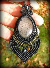 画像1: 浄化の石トルマリンインクォーツのマクラメ編みネックレス*水晶*トルマリンクォーツ (1)