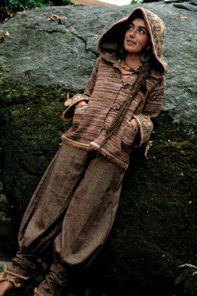 画像2: 身体に優しいあったか手織りウールのアステカ文様刺繍ハンドメイドアラジンパンツ