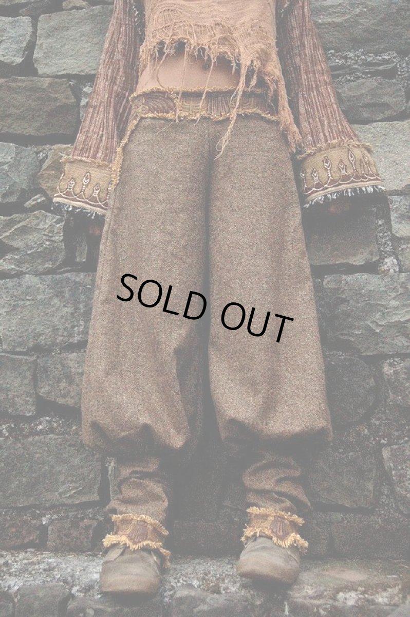 画像1: 身体に優しいあったか手織りウールのアステカ文様刺繍ハンドメイドアラジンパンツ (1)