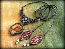 画像6: マダガスカル産アンモナイト化石&アゲートのシンプル手編みネックレス*グラウンディング*天然石マクラメ (6)