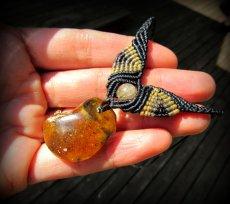 画像7: バルト海産アンバー琥珀コハク原石&ルチルクォーツのマクラメ編みネックレス*ヒッピー*ボヘミアン (7)