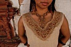 画像3: 地球に優しい手織りヘンプ麻素材のハンドメイド手刺繍ナチュラルトップ*エコロジー*ヒッピー*エスニック (3)