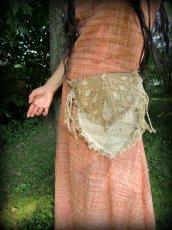 画像9: 残り1点☆ヒップバッグにもなる地球に優しい手紡ぎ・手織りヘンプ&ローシルクのhandmade妖精バッグ/ウエストバック/ピクシーバック (9)
