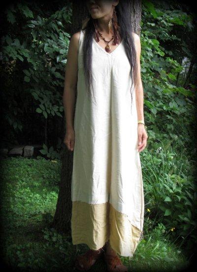画像1: 再入荷★年中使える♪地球に優しい手紡ぎ・手織りローシルクのロングワンピース(brown&cream)*野蚕絹