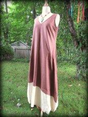 画像7: 再入荷★年中使える♪地球に優しい手紡ぎ・手織りローシルクのロングワンピース(brown&cream)*野蚕絹 (7)