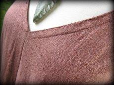 画像15: 再入荷★年中使える♪地球に優しい手紡ぎ・手織りローシルクのロングワンピース(brown&cream)*野蚕絹 (15)
