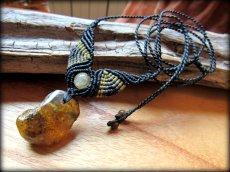 画像4: バルト海産アンバー琥珀コハク原石&ルチルクォーツのマクラメ編みネックレス*ヒッピー*ボヘミアン (4)