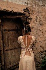 画像7: ナチュラル手織りフェアトレード カディコットン ハンドメイド 手刺繍サリートップ*エコファッション*ジプシー*民族衣装*ダンス衣装*ウェディング (7)