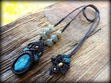 画像3: 青い閃光のラブラドライトネックレス/カット入りラブラドライト天然石ペンダント*マクラメアクセ*パワーストーン (3)