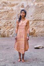 画像2: オーガニック&フェアトレード*手紡ぎ・手織りカディコットンハンドメイドワンピース*無農薬*スローファッション*エコロジー*エシカルファッション (2)