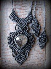 画像1: 浄化の石トルマリンインクォーツ ネックレス マクラメ編み*水晶*トルマリンクォーツ (1)