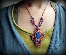 画像9: 青い閃光のラブラドライト&アメジストのネックレス*天然石ペンダント*マクラメ編み*パワーストーン (9)