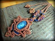 画像7: 青い閃光のラブラドライト&アメジストのネックレス*天然石ペンダント*マクラメ編み*パワーストーン (7)