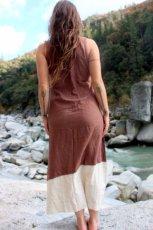 画像4: 再入荷★年中使える♪地球に優しい手紡ぎ・手織りローシルクのロングワンピース(brown&cream)*野蚕絹 (4)