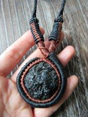 画像7: 隕石が生む石テクタイト原石 天然石ネックレス*レアストーン*マクラメ編み*石包み*パワーストーン (7)