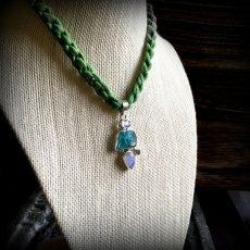 画像15: 虹入り高品質ネオンブルーアパタイト原石&宝石質ブルームーンストーン ペンダントトップ  (15)