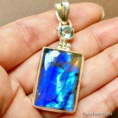 画像9: 高品質ディープブルー ラブラドライト 1点ものペンダントwith 宝石質ブルートパーズ スターリングシルバー (9)
