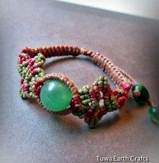 画像2: 癒しの天然石グリーンアベンチュリンのマクラメ編みブレスレット*ハンドメイド (2)