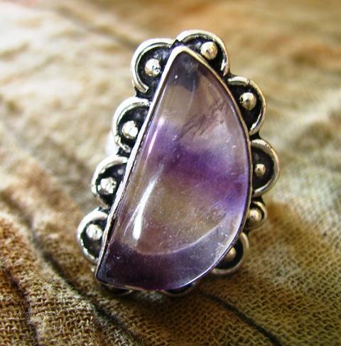 画像1: 半月型フローライトのリング指輪15号*パワーストーン蛍石 (1)