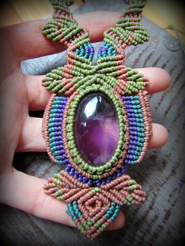 画像1: 1点物★大ぶり高品質ブラジル産アメジストのデザインネックレス*紫水晶*マクラメ*ハンドメイド*アメシスト (1)
