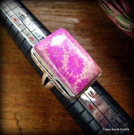 画像1: 1点もの珍しい絞り染め・和柄風フォシルコーラル指輪シルバーリング13号*珊瑚化石 (1)